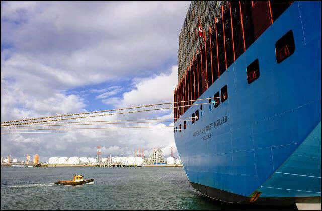 offshore003 بندر رتردام بندر رتردام؛ دروازه نفتی اروپا offshore003
