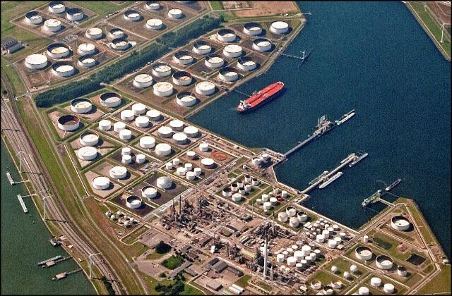 offshore008 بندر رتردام بندر رتردام؛ دروازه نفتی اروپا offshore008