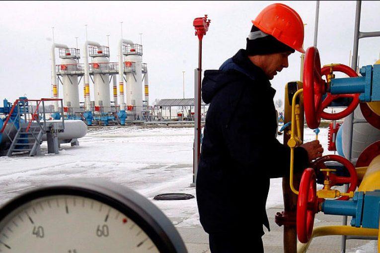 رقابت شرکتهای روسی در مزایده ٢ حوزه گازی offshore208 765x510
