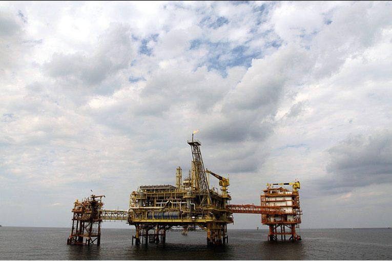 آثار گسترش منابع گازی نامتعارف بر تولید گاز ایران offshore457 765x510