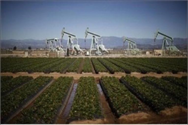 دکلهای حفاری نفت در آمریکا ادامه رشد آمار دکلهای حفاری نفت در آمریکا offshore 765x510