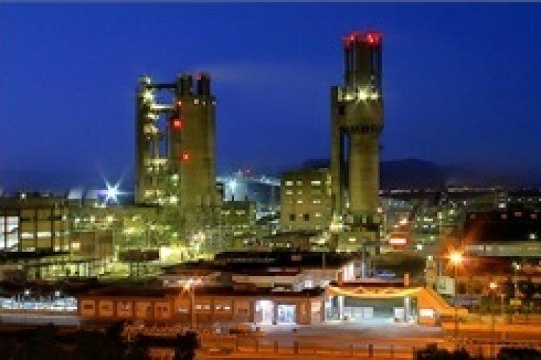 صنعت پتروشیمی در ایران راهکار توسعه صنعت پتروشیمی در ایران همافزایی است offshore60 765x510