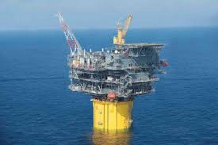 سکوهای نفتی گلف استار وان سکوی اسپار21500 تنی گلف استار وان download  765x510
