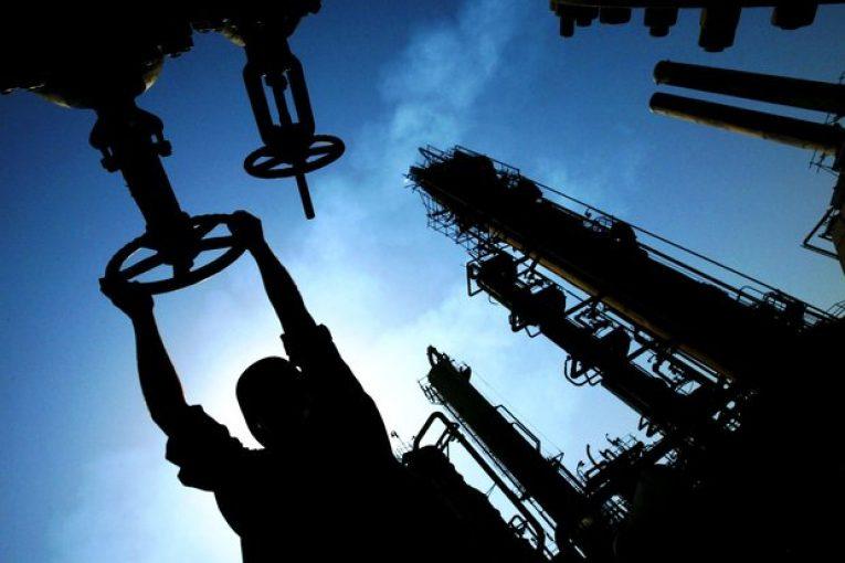 فروش نفت فروش نفت به«انی»ایتالیاآغاز شد 2310117 765x510