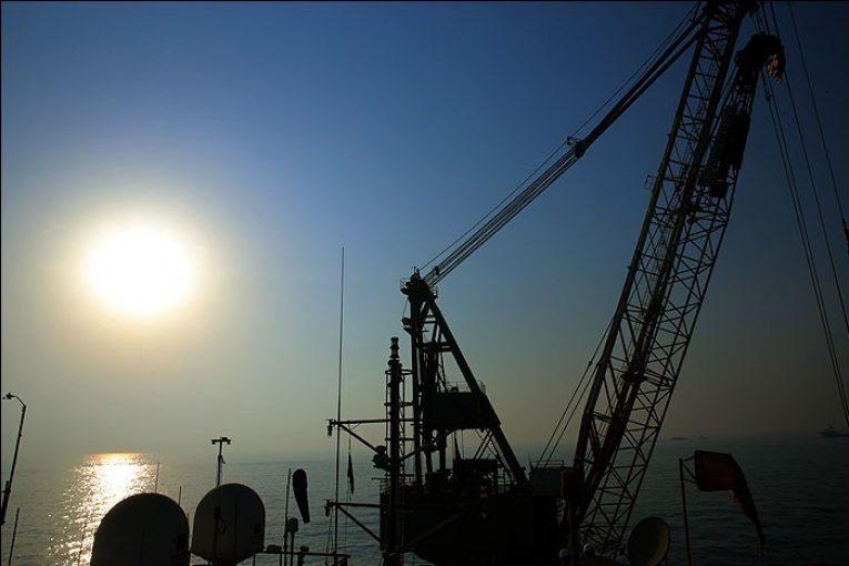 سکوهای نفتی آخرین عرشه فازهای ۱۷ و ۱۸ پارس جنوبی نصب شد آخرین عرشه فازهای ۱۷ و ۱۸ پارس جنوبی نصب شد phase1819 765x510