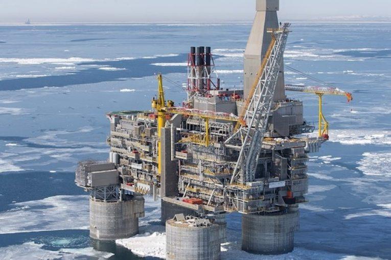عمیق ترین چاه نفتی عمیقترین چاه نفتی عمیقترین چاه نفتی دنیا کجاست؟ sakharin 765x510