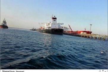 عملیات نجات نفتکش در اسکله شرقی خارک
