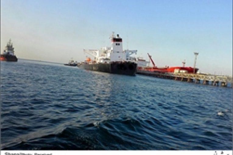 اسکله عملیات نجات نفتکش در اسکله شرقی خارک jetty 765x510