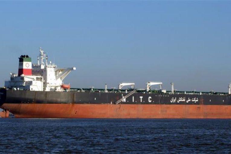 نفتکشهای ایرانی تردد نفتکشهای ایرانی در بنادر جهان آزاد شد offshore182 765x510