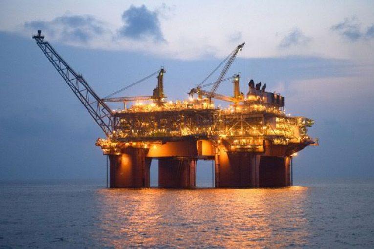 سکوهای پایه کششی آشنایی با سکوهای پایه کششی (Tension Leg Platform) offshore371 765x510