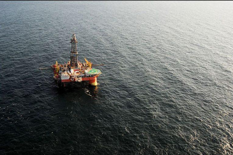 آخرین مرحله عملیات پیش لنگراندازی سکوی امیرکبیر offshore033 765x510