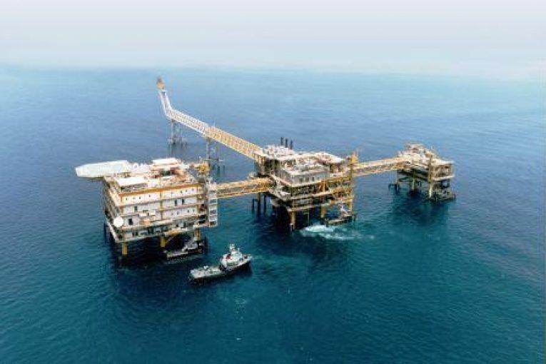 فروزان پیشرفت ٣٢ درصدی ساخت سکوهای میدان فروزان offshore444 765x510