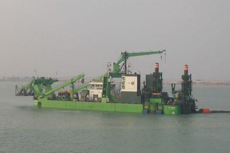 cutter suction dregger نحوه عملکرد لایروب Cutter Suction Dregger offshore490 1 765x510