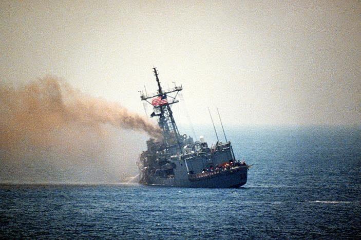 offshore492 جنگ نفتکش ها جنگ نفتکش ها در دوران جنگ تحمیلی و تاثیر آن بر بازار بین المللی نفت offshore492
