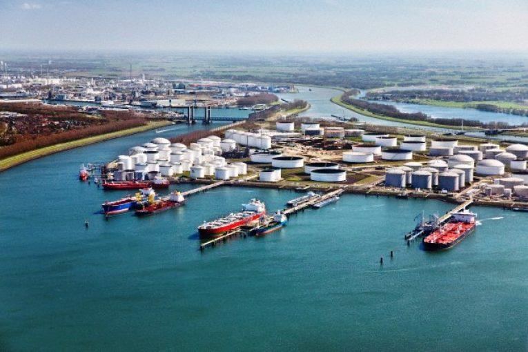 سکوهای نفتی بندر روتردام بندر روتردام هلند هاب LNG اروپا می شود offshore555 765x510
