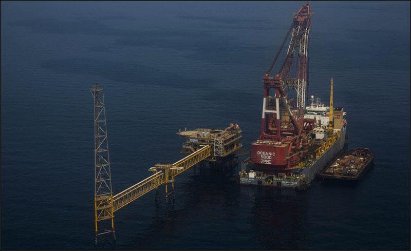offshore594 copy فاز 21 پارس جنوبی گزارش تصويری از عمليات نصب سكوي فاز 21 offshore594 copy