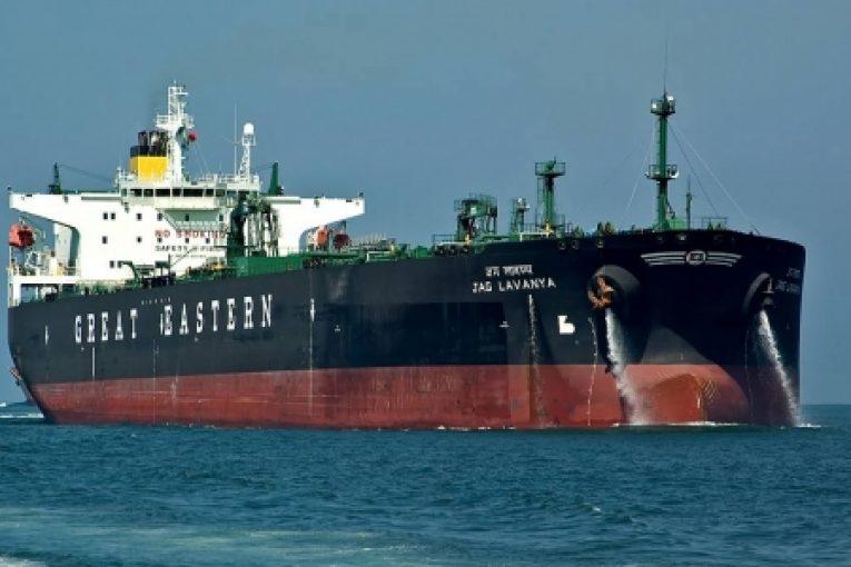 هجوم تجار نفتی برای اجاره نفتکشها offshore616 765x510
