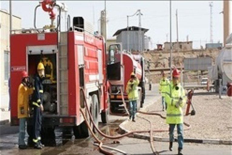 حوزه ایمنی و آتش نشانی پالایشگاه بندرعباس رتبه نخست حوزه ایمنی و آتش نشانی را کسب کرد aks 765x510