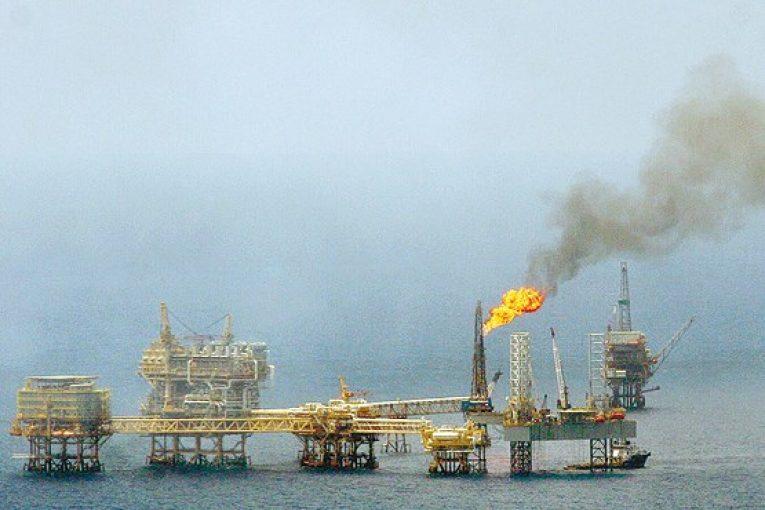 پارس جنوبی پارس جنوبی برداشت از لایه نفتی پارس جنوبی بهزودی آغاز میشود offshore07 765x510