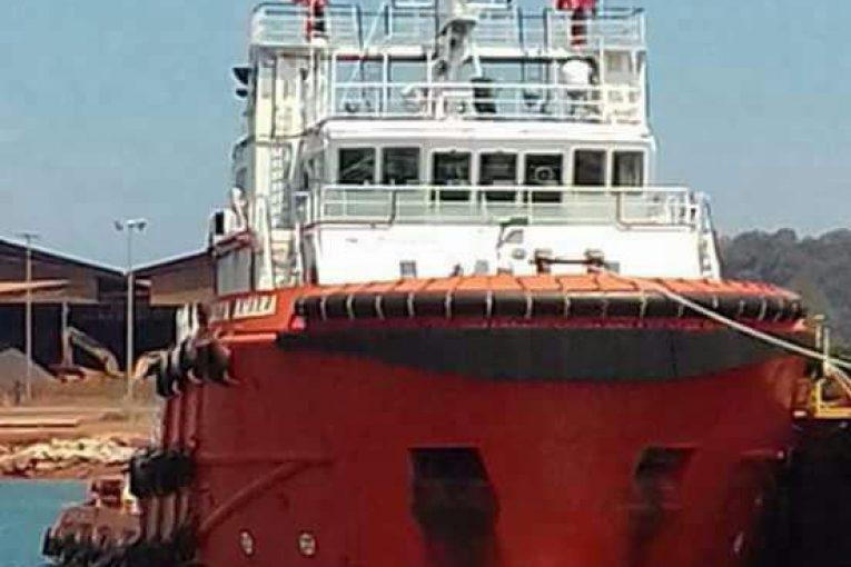 خرید و فروش شناور شناور فروش چهار فروند شناور AHT 852 765x510