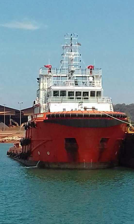 خرید و فروش شناور شناور فروش چهار فروند شناور AHT 852