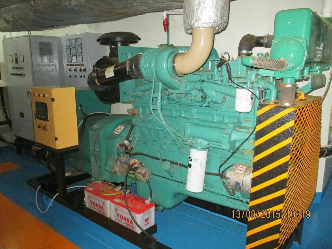 شناور سوپلای بوت سوپلای بوت سوپلای بوت supply boat02